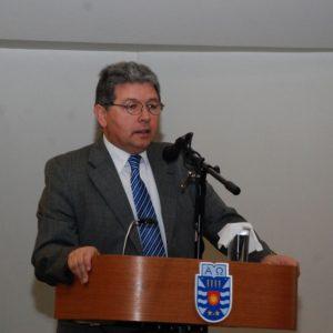 Dr. Héctor Gaete