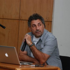 Dr. Jonny Gallardo